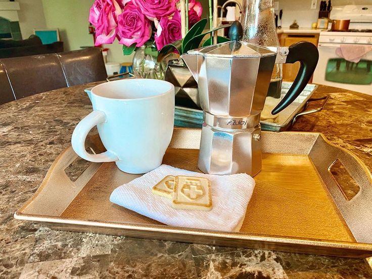 Italian Style Moka Pot in 2020 Espresso, Espresso maker