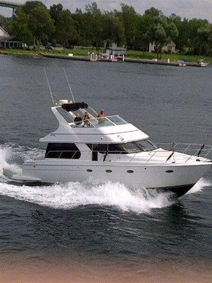 1999 Used Diesel Carver Voyager 450 - Pilothouse Motor Yachts Power Boat for Sale in Ontario