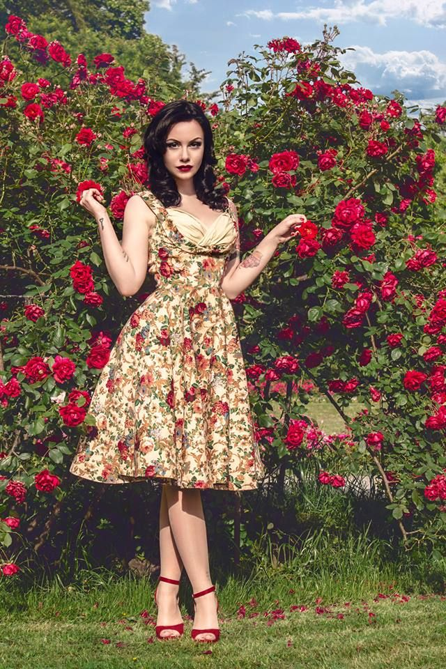 LINDY BOP 'OPHELIA' VINTAGE 1950's FLORAL BEIGE SPRING GARDEN PARTY PICNIC DRESS- DO NOT OWN THE IMAGE