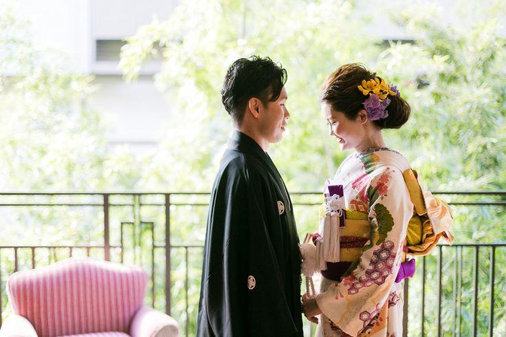 Japanese kimono wedding 同じ着物でも、色のコーディネートで個性がだせる本振袖は、お洒落さんにオススメ! 小物は2色使いが絶対◎ 和装 着物