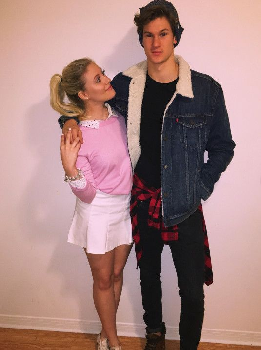 Betty Cooper From Riverdale In 2019 Celebs Halloween Costumes