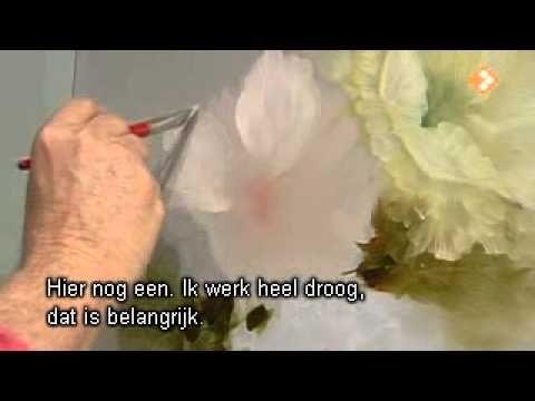 ▶ Видеоурок Гарри Дженкинса. Классическая мускусная роза. - YouTube. Gary Jenkins, white flowers.