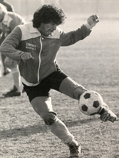 Diego Maradona training before Juventus-Napoli game; December 21, 1984; by Piero De Marchis
