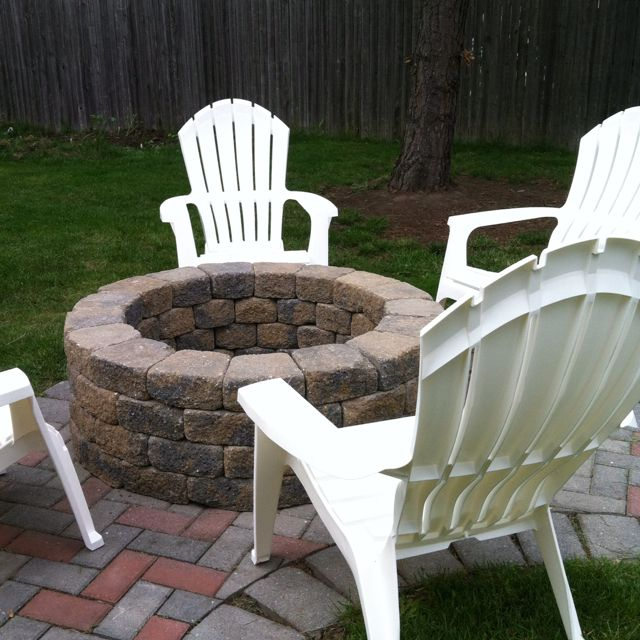 "Great Bbq Pit Set Up For The Backyard Perfect Under The: Original Idea On My ""In The Garden"" Board. DYI Fire Pit"