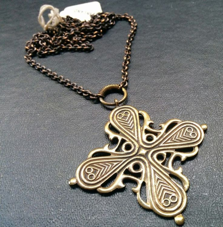 Signed KALEVALA KORU Finland Bronze Maltese Cross Pendant Necklace Knot E87