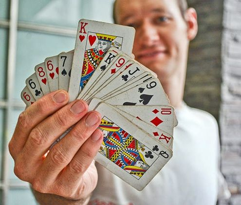 how to make magic tricks with playing cards