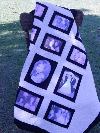 photo memory quilt from www.fleurdelisquilts.blogspot.com