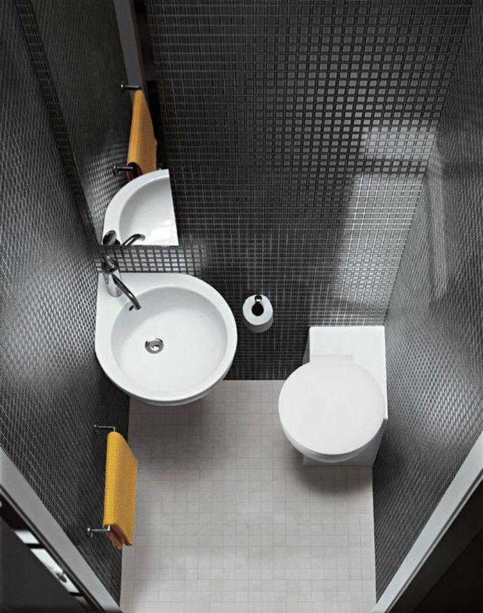 salle de bain 4m2 mosaique noir, salle de bain couleur noire avec meubles blancs
