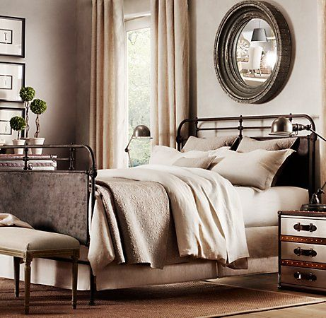 french academie iron bed @ restoration hardware: Irons Beds, Restoration Hardware, Guest Bedrooms, Metals Beds, Industrial Chic, Colors Schemes, Master Bedrooms, Beds Frames, Bedrooms Ideas