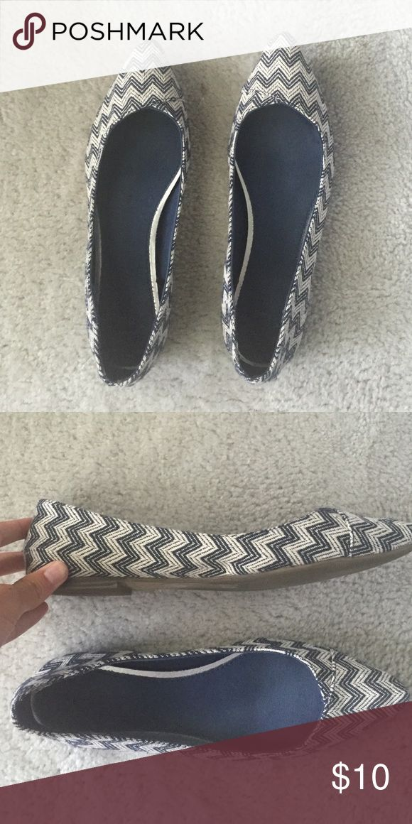 Ballet flats Blue and white ballet flats size 9. Tts. Have same pair in another color that I wear almost daily to work! Gap Shoes Flats & Loafers