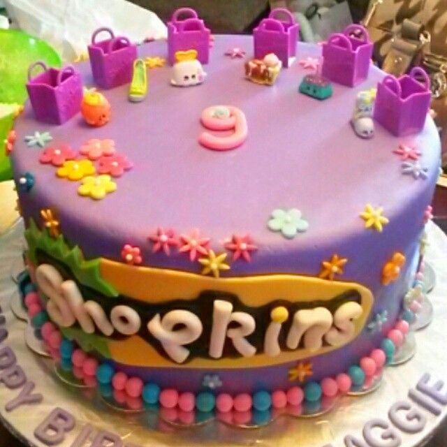 Today's cake. Shopkins!