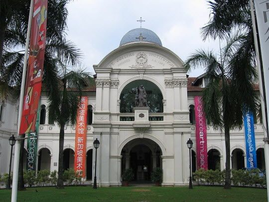 Singapore Art Museum http://thingstodo.viator.com/singapore/singapore-art-museum/