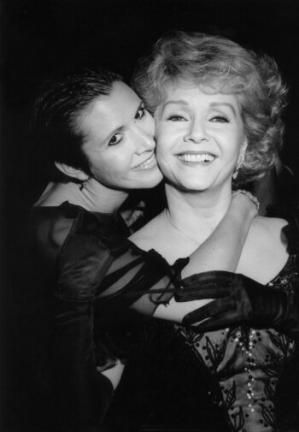 Caiire Fisher with her mother Debbie Reynolds