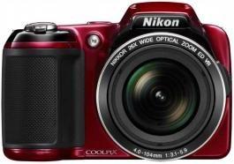 Digitalni fotoaparat COOLPIX L810 crveni NIKON Moćan NIKKOR objektiv sa zumom od 26x (22,5–585 mm) sa ekstremno širokim uglom za super telefoto pokrivenost.  Uživajte u slobodi da fotografišete sve, od dalekosežnih panorama do akcije u daljini. Jednostavno rukovanje: uživajte u lakom snimanju pomoću dugmadi za kontrolu kojima se lako pristupa i režima Easy Auto (Lakog automatskog fotografisanja), koji optimizuje sve postavke fotoaparata prema svetlu u kojem snimate.