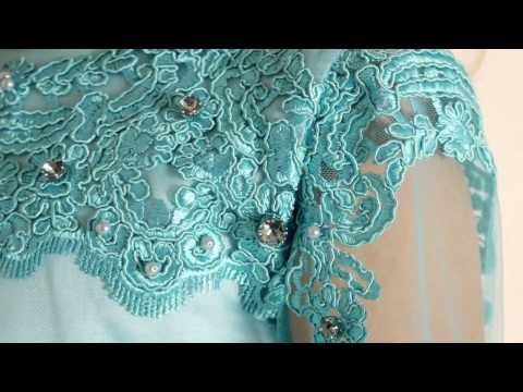 Dress in turquoise tulle embroidered with floral design - Lesy