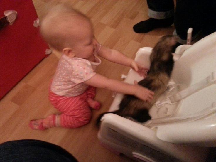 Elle est fine même avec les bébés !