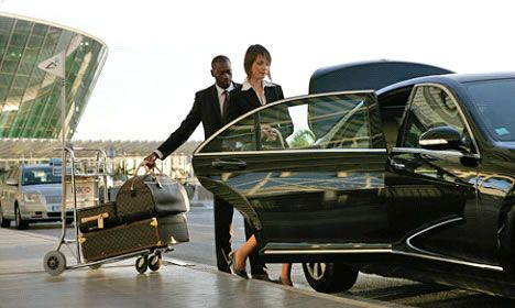 You have no need hail a #taxi from taxi stand. Make a phone call and book #limousine taxi in #Switzerland.
