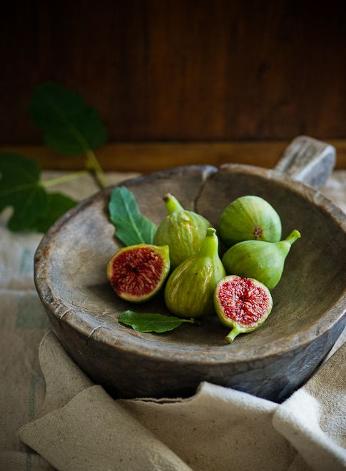 Green figs from White on Rice Couple