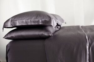 Charmeuse Silk Pillowcase | Manito Silk