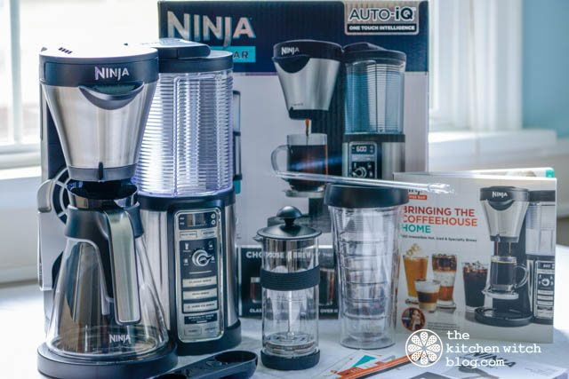 Ninja Coffee Bar {Product Review} Can one coffee maker do it all, have a reasonable price range and perform well? www.thekitchenwitchblog.com