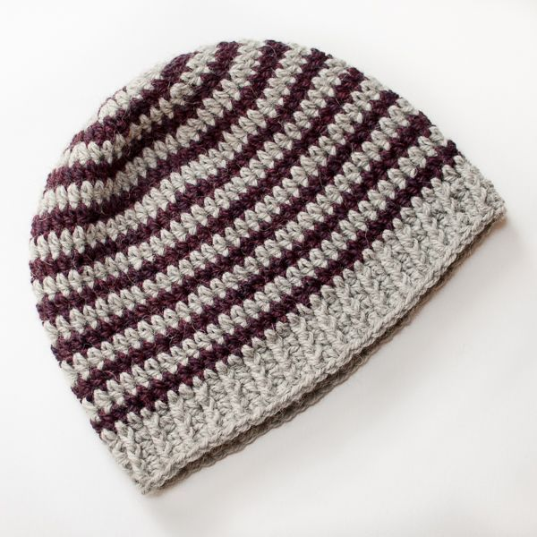 Basic Striped Hat, free crochet pattern | www.petalstopicots.com | #crochet #pattern #hat:
