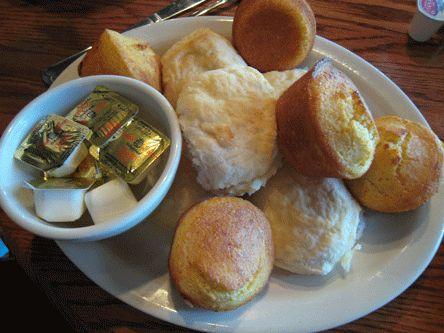 Cracker Barrel Recipes: Cracker Barrel Corn Muffins Recipe