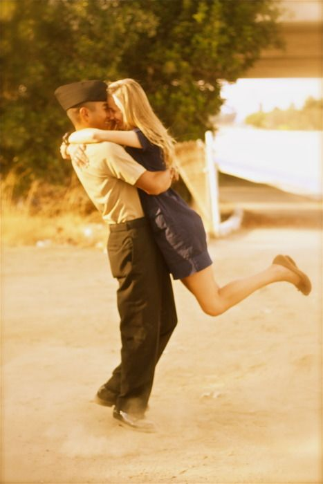 Amazing Wedding pix :) really cute ideas and made me cry a bunch! lol