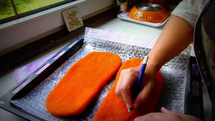 welt felted slippers tutorial using only bubble wrap not the bamboo