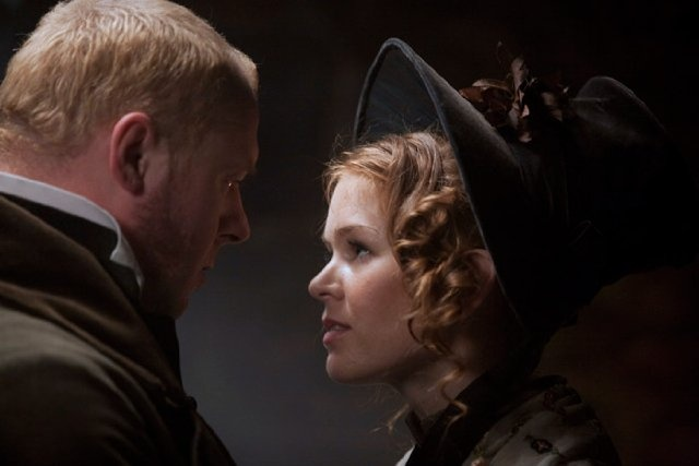 Still of Isla Fisher and Simon Pegg in Burke and Hare (2010)