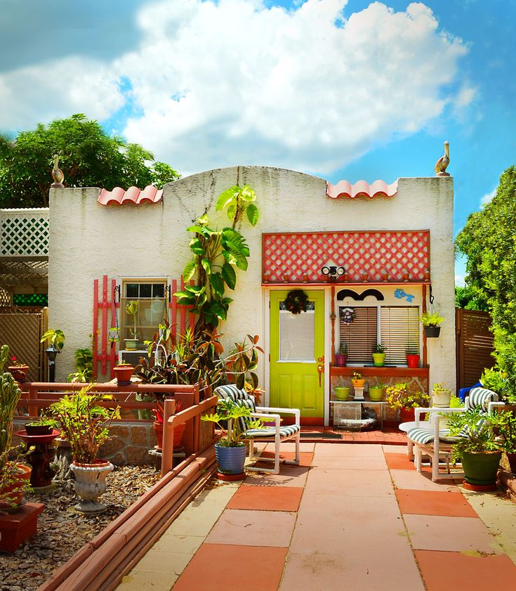 Check Out These Cly And A Little Crazy Historic Beach Bungalows