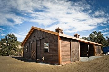 This single story beautiful barn is located in the heart for Barn pros nationwide