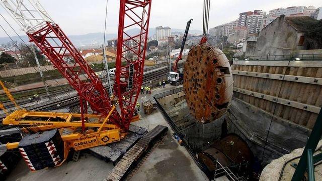 Fotografía del desmontaje de la tuneladora del túnel de Maceiras en Vigo