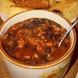 Chili con carne au poulet et aux haricots noirs @ qc.allrecipes.ca