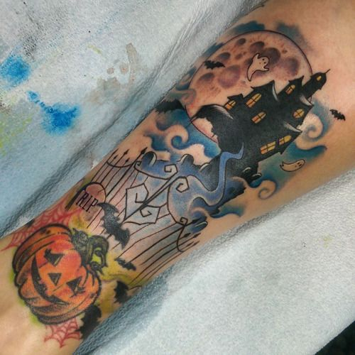 Added a little haunted house to the wife's pumpkin tattoo, happy almost…