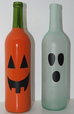 Wine Bottle Halloween Decor: Drop in a glow stick and voila! Easy for the porch and they won't go bad like pumpkins: Paintings Wine Bottle, Wine Bottle Crafts, Glow Sticks, Halloween Decor, Easy Crafts For Halloween, Pumpkin, Old Bottle, Wine Bottles, Halloween Wine Bottle