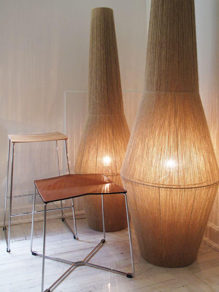 Lámparas de pie Lolita, banco Zac y banqueta Zero. #solsken www.solsken.com.ar
