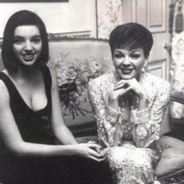 17 Best Images About All Things Liza Minnelli On Pinterest