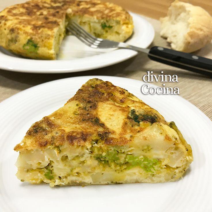 Esta receta de tortilla de brócoli, patatas y queso es muy sencilla y sabrosa. Se puede preparar con otras verduras como coliflorojudías verdes.