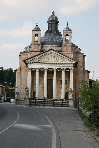 Andrea Palladio: the 'Tempietto Barbaro' adjacent Villa Barbaro Volpi in Maser (Treviso); it was completed in 1580 the year of Palladio's death; actually, Palladio died in Maser, very likely supervising the construction of this church.