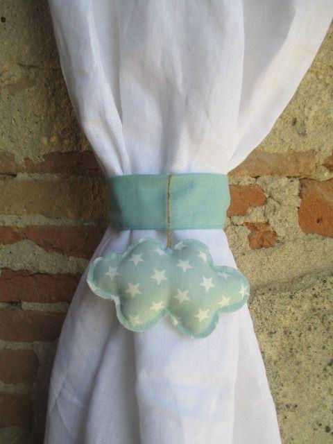 Embrasse pour rideau en tissu vert d'eau en forme de nuage : Accessoires de maison par les-voilages-de-caroline