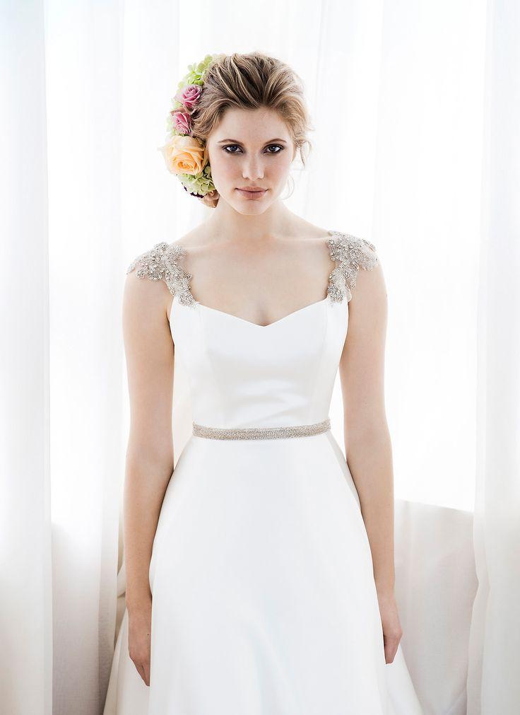 Flowing Wedding Dress by Anna Schimmel   New Zealand