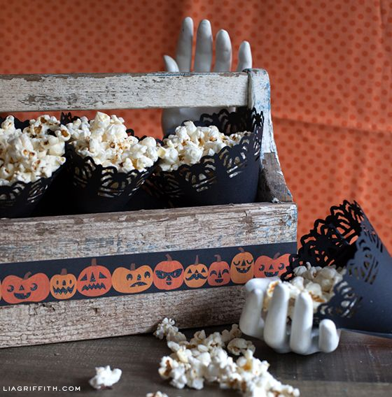 diy halloween goody bag and easy party decorations - Pretty Halloween Decorations