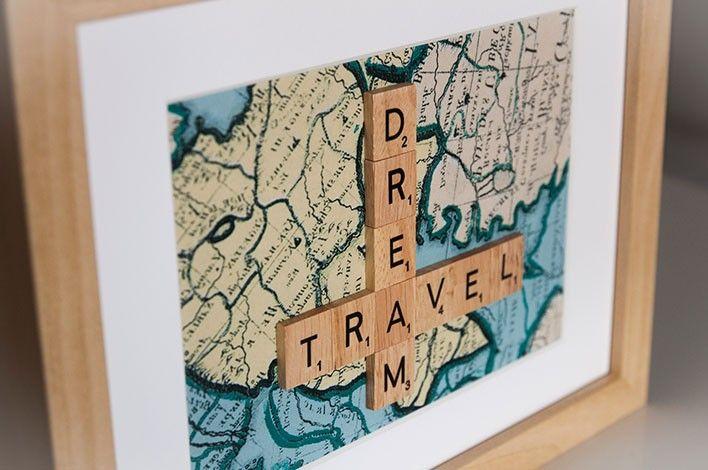 Sous-verres, porte-clés, marque-places, arbres généalogiques, cadeaux de naissance, souvenirs de voyage.... Beaucoup d'idées ! source