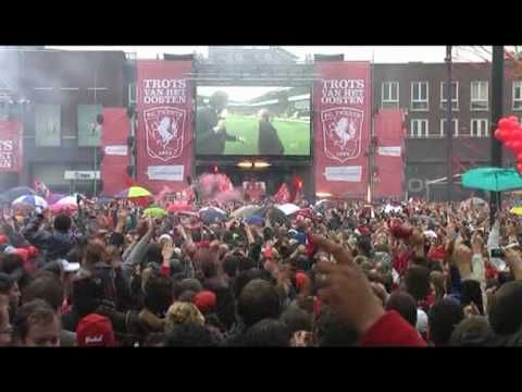 FC Twente kampioen, Enschede gekkenhuis - YouTube