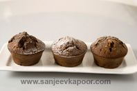 Chocolate Cupcakes: Delicious white and dark chocolate cup cakes.