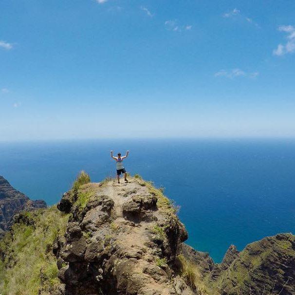 #hawaii #explorehawaii #exploretheworld #hiking #goplaces #adventureisoutthere #unrealhawaii #kauai  #aworldwithyou #coupleswhotravel