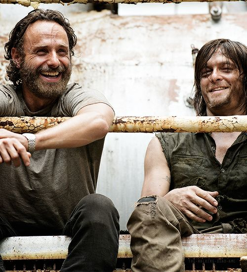 "Andrew Lincoln & Norman Reedus on set of 5x07 ""Crossed"""