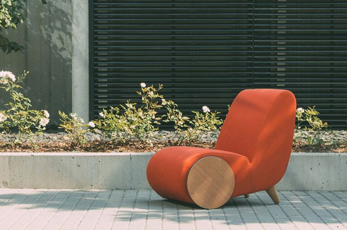 Orange-lounge-chair-contemporary-Inspired-by-a-Wheelbarrow