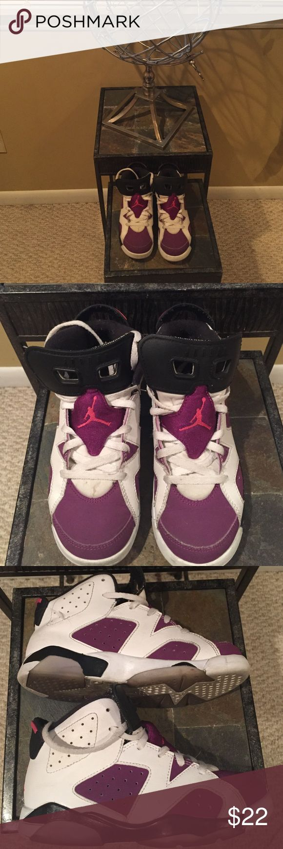 Jordan Used Girls Sneakers Size 1 Jordan Used Girls Nike Sneakers Size 1 with normal wear Please See All Photos Thank You! Nike Shoes Sneakers