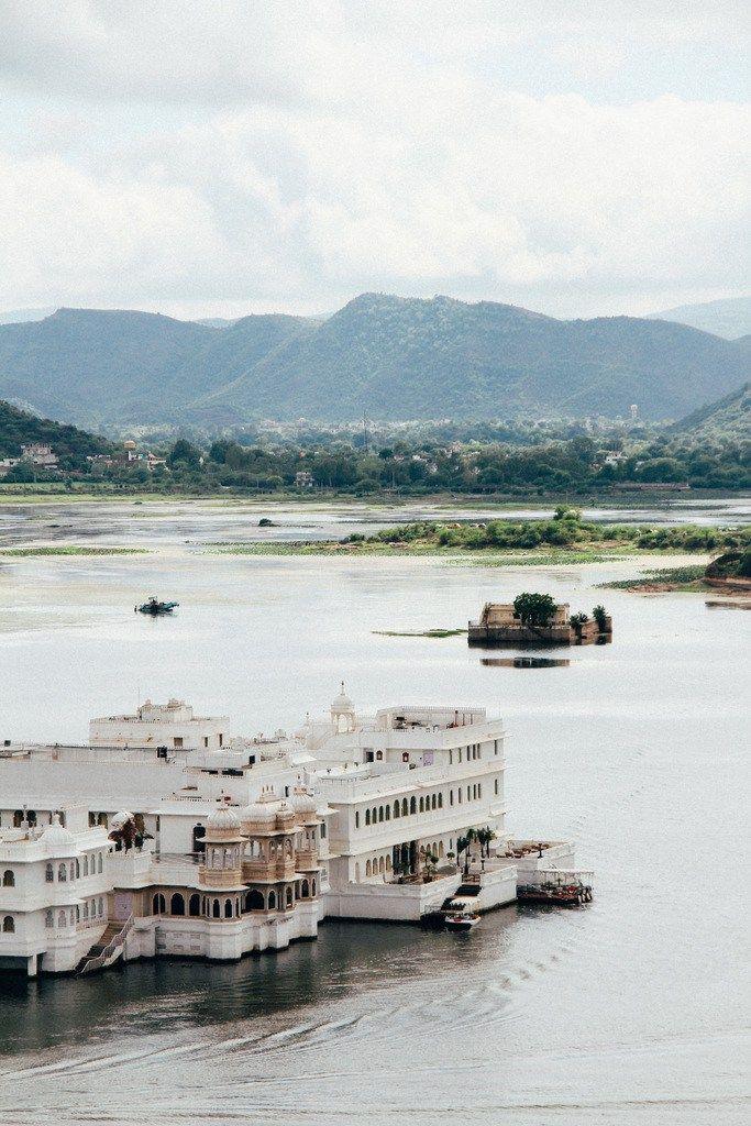 place-colette-blog-voyage-inde-rajasthan-udaipur-lake-palace-architecture-vue